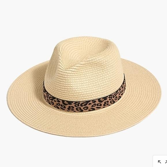 Jcrew packable hat with leopard ribbon 🐆 M/L